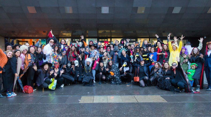 Photo de l'APE à la fête de Halloween du site de Dupleix