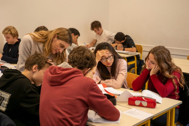 Photo d'élèves en classe