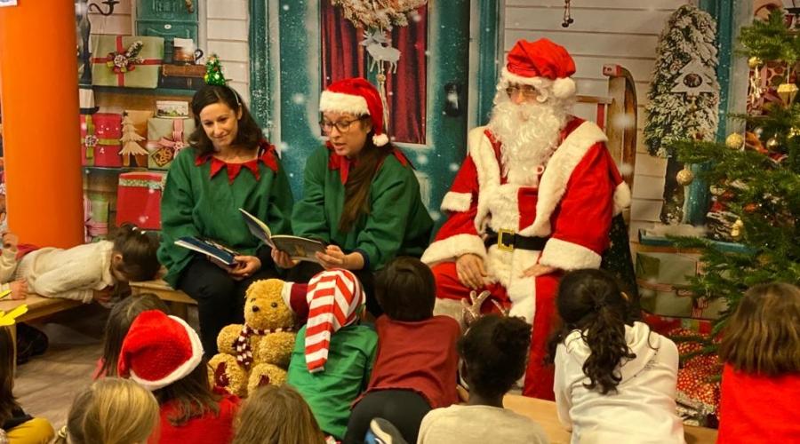 Photo de la fête de Noël avec l'APE à l'école de Dupleix