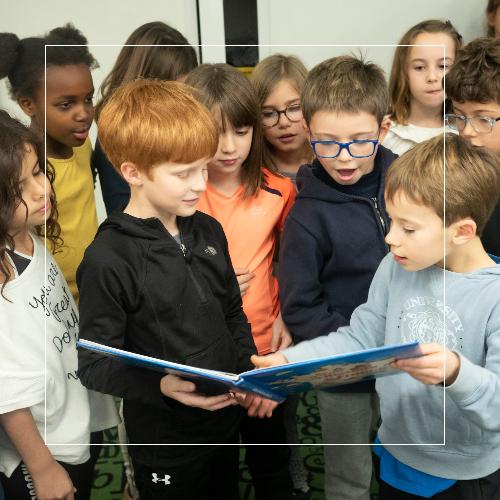 Photo des élèves du primaire à l'Ecole Jeannine Manuel de Paris