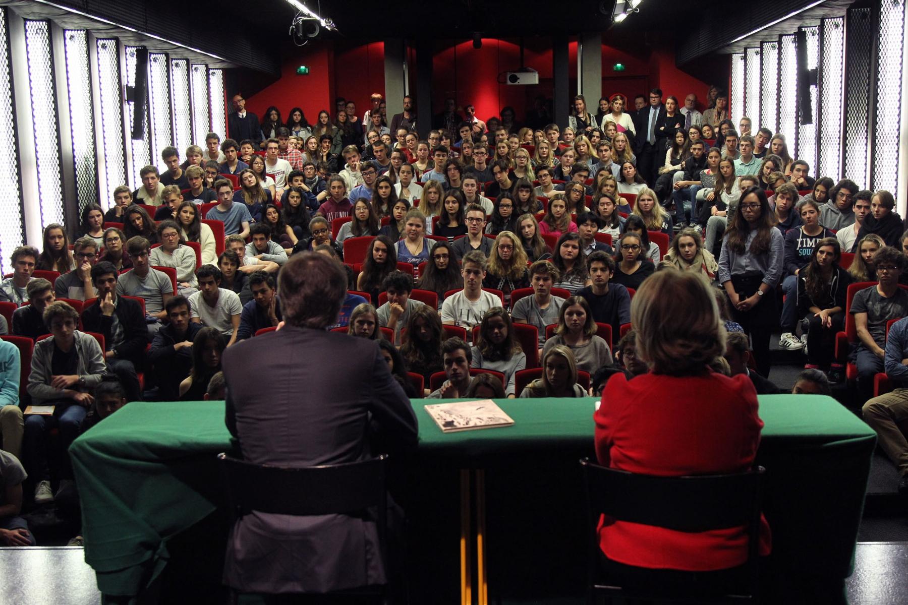 Photo de la venue d'Antony Blinken à l'École Jeannine Manuel de Paris